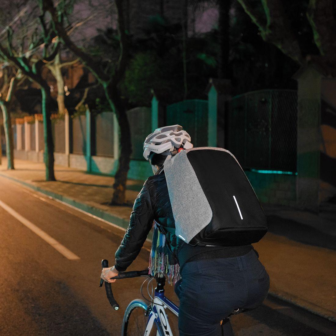 "XD Design Bobby XL Anti-theft Backpack 17"" Grey-138724"