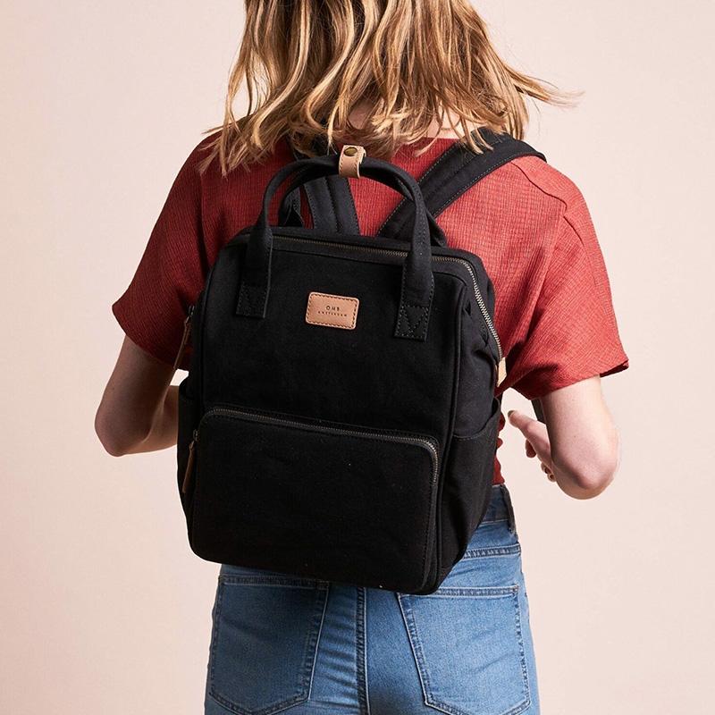 O My Bag Billie's Backpack Black Waxed Canvas-161800