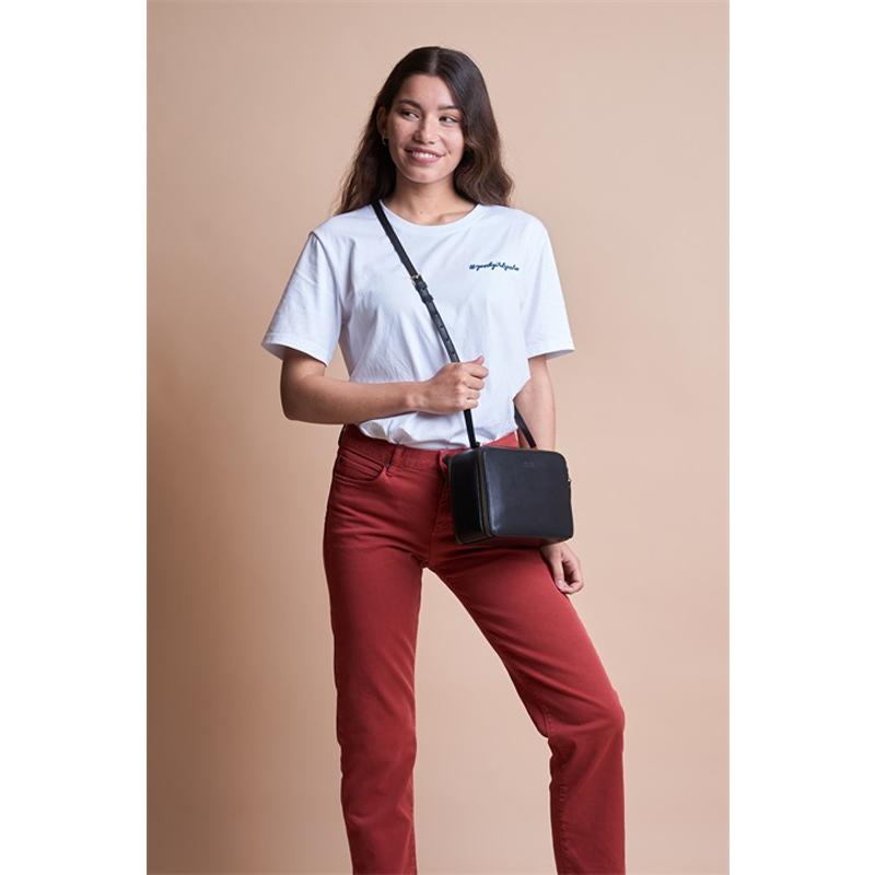 O My Bag Bee's Box Bag Black Classic Leather-170133