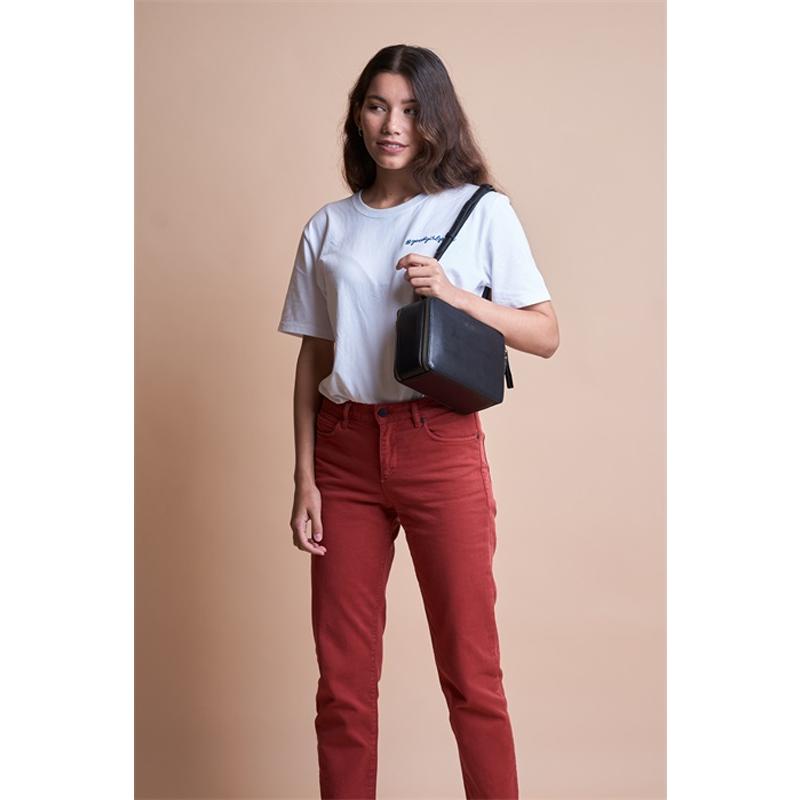 O My Bag Bee's Box Bag Black Classic Leather-170134