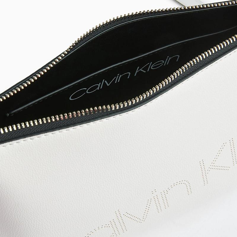 Calvin Klein Punched EW Xbody White-174452