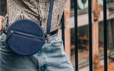 5 mooie 'blue bags', want blauw gaat het deze zomer maken