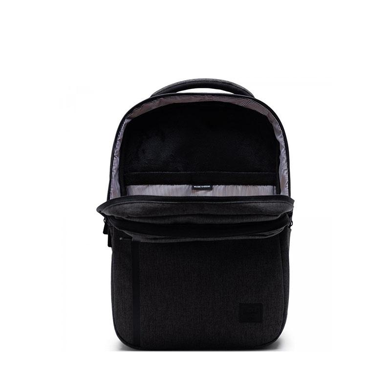 Herschel Travel Daypack Black Crosshatch-177844