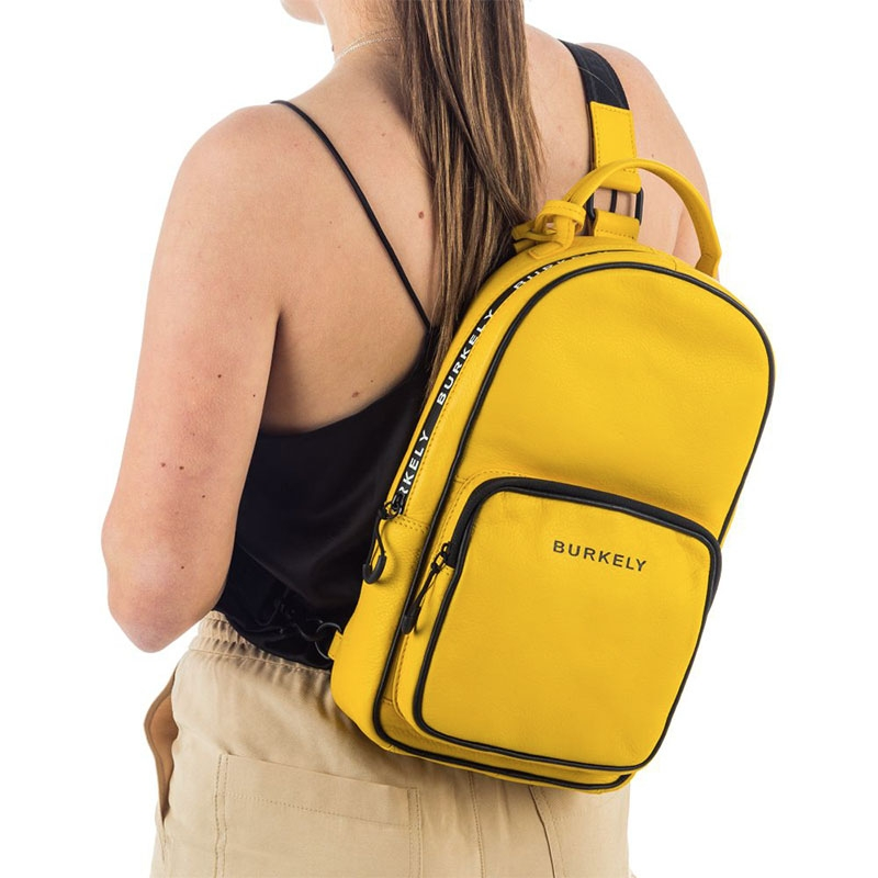 Burkely Rebel Reese Chestpack Yellow-180445