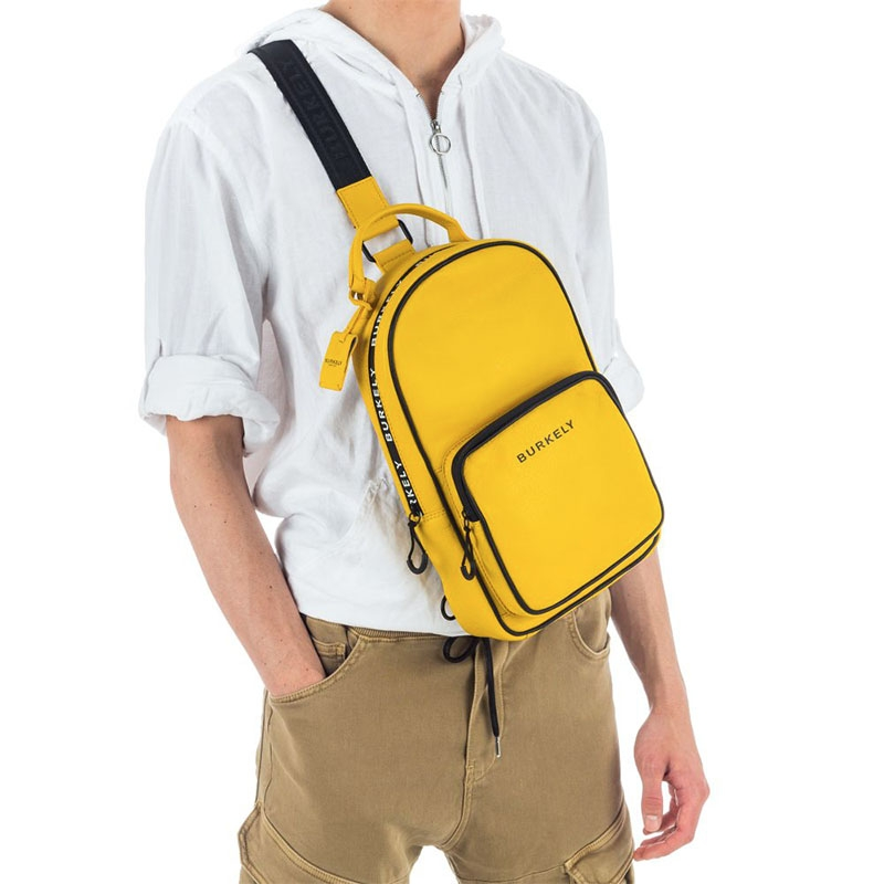 Burkely Rebel Reese Chestpack Yellow-180446